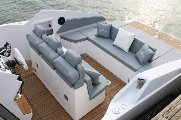 Aurea Yachts 30 Cabin White 1920 22